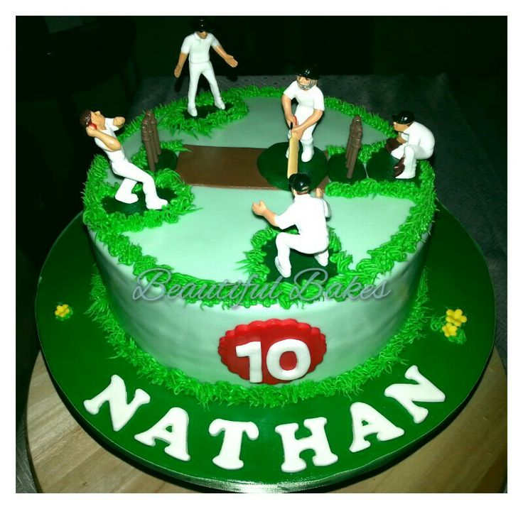 Cake Decorating Cricket Figures : Cricket field themed cake :) My cakes & cupcakes ...
