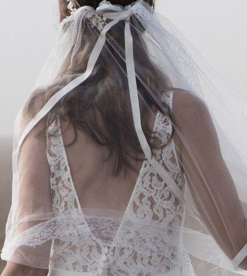 Robe de mariée modèle Lara, collection 2017 www.aufildelise.om
