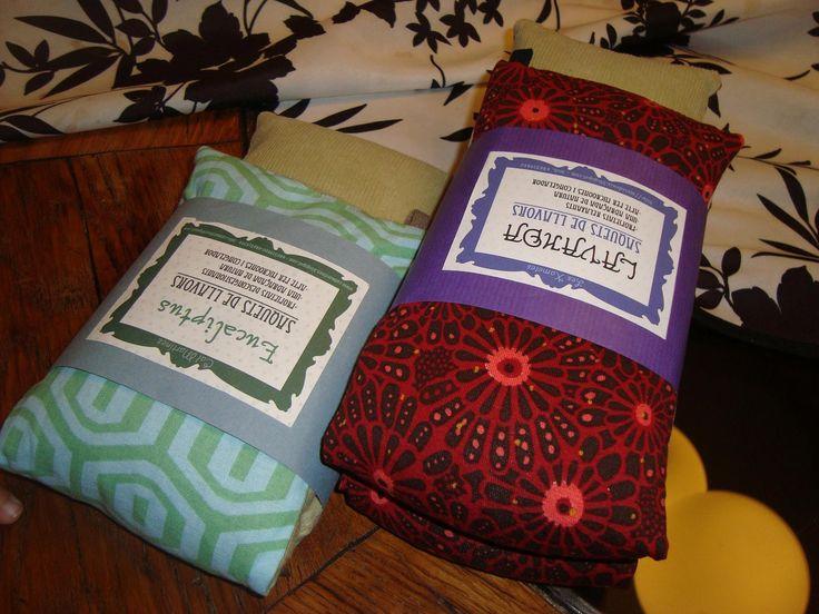 A los niños les encantan, a los abuelos también! Os presento los sacos terapeuticos de semillas y lavanda  Aptos para microondas (30 seg. ap...