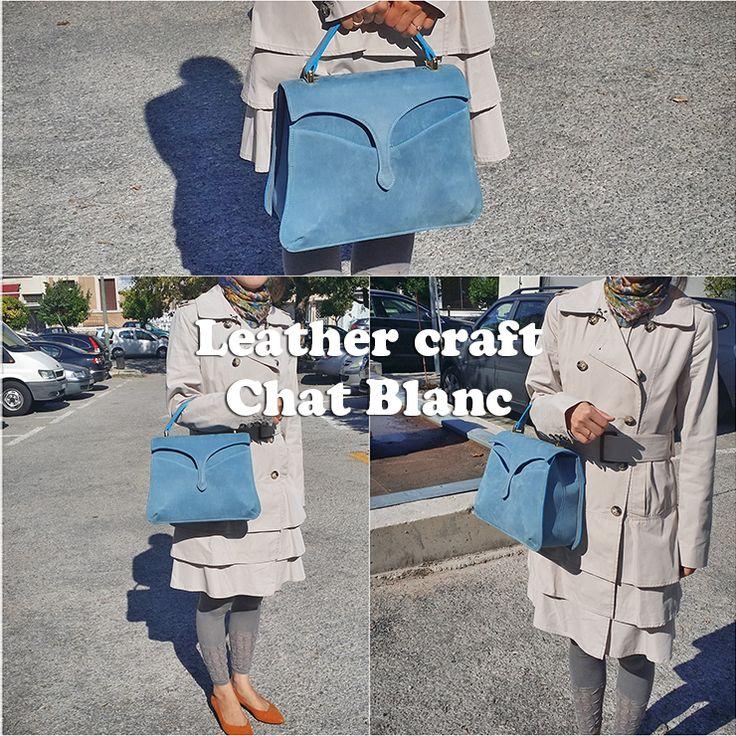 Blue sky vintage style bag