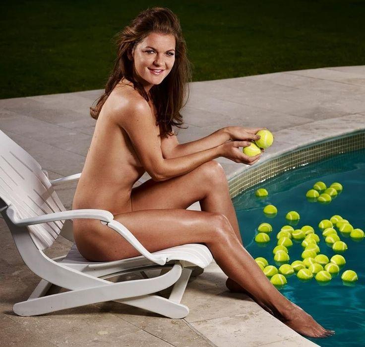 Agnieszka Radwanska   CelebrityFeetArchive<