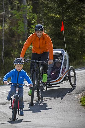 Family bike ride - Top 6 benefits of cycling with your children