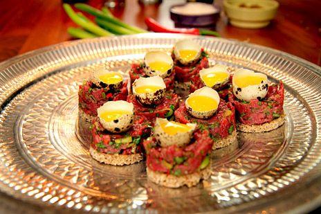 Libanesisk råbiff på rågbröd   Recept från Köket.se