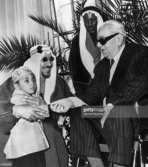 King Saud of Saudi Arabia introduces one of his sons to the 48th Ismaili Imam His Highness Sir Sultan Muhammad Shah, Aga Khan III. (Photo by Keystone-France via Getty Images)