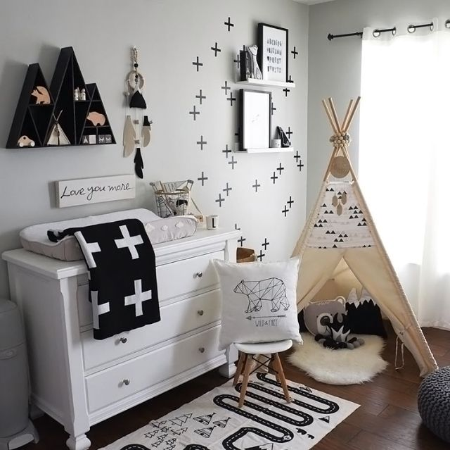 A very cute kid's room by @liamslittlecloset, the Adventure rug available at www.istome.co.uk