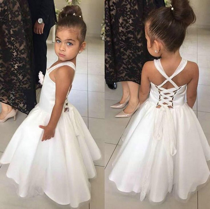 Lovely White Flower Girls Dresses with Flowers Tulle Satin First Communion Dresses for Girls Pageant Dresses 2016 Flower Girl Gown for Wedding Party