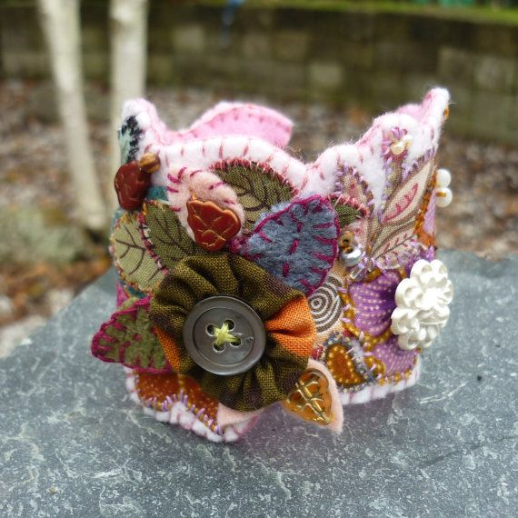Hand embriodered freestyle fabric cuff