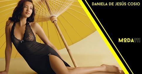 A sus 27 años de edad Daniela de Jesús Cosio ha conquistado pasarelas en lugares como Milán, París y Nueva York desfilando para Versace, Marchesa y Ralph Lauren. Lee más en www.moda911.com