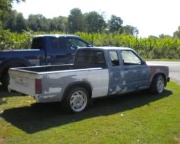 1992 Chevrolet S-10 Tilt-A-Whirl by 92xcab http://www.truckbuilds.net/1992-chevrolet-s-10-tilt-a-whirl-build-by-92xcab