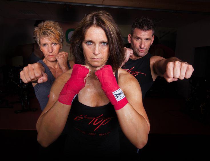Powerfrau mit Power #Workout: Irina Wagners Weg zum eigenen #Fitnessprogramm | comuvo Trainer im Fokus  #Btup #fitness #kickboxing #functionalfitness #fitness