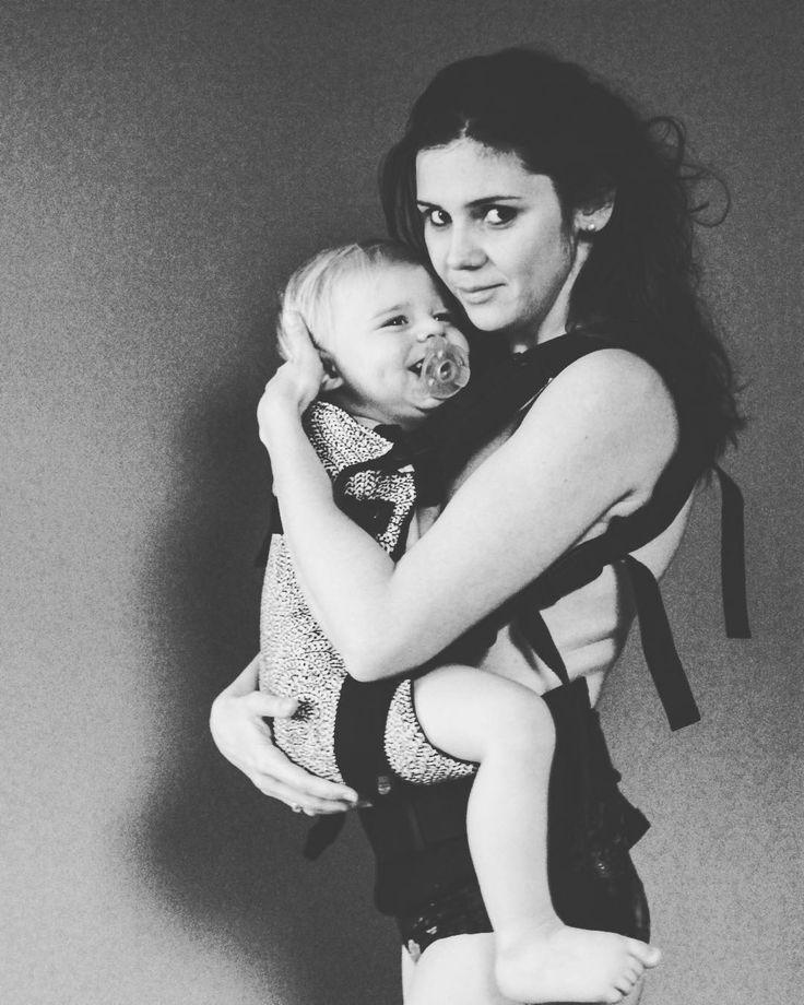 #positivebodyimage #4thtrimesterbodyproject #beautiful #motherandbaby #loveyourlines #selflove #selfrespect #birthwithoutfear #motherhoodrising #tribethemama #babywearing #LiliputiStyle #LiliputiStyleProject @liliputilove
