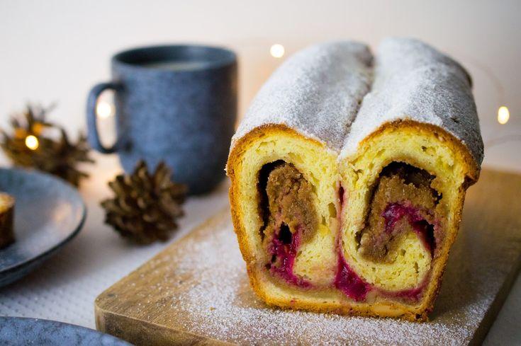 SUGARTOWN: Tvarohová štóla s mandlovou nádivkou a brusinkovým pyré/Christmas almond and cranberry stollen