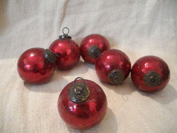 lot de six boules de Noël vintage rouge par MyFrenchHome sur Etsy