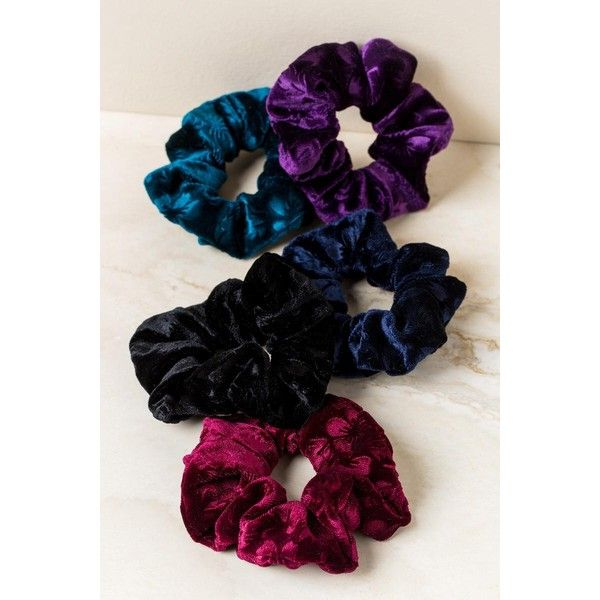 Johanna 5 Pack Velvet Scrunchie Hair Ties - Black ($14) ❤ liked on Polyvore featuring accessories, hair accessories, black, scrunchie hair accessories, ponytail hair ties, elastic hair ties and scrunchie hair tie