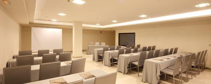Hotel AXIS VIGO-Eventos y Bodas en Vigo - Meetings and Events Hotel Vigo city #hotel #viajes #solteros #singles #bodas #empresas #gimnasio