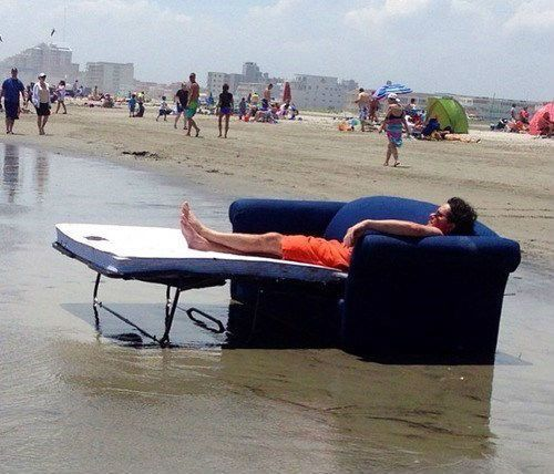 10 WTF Beach Day Pictures