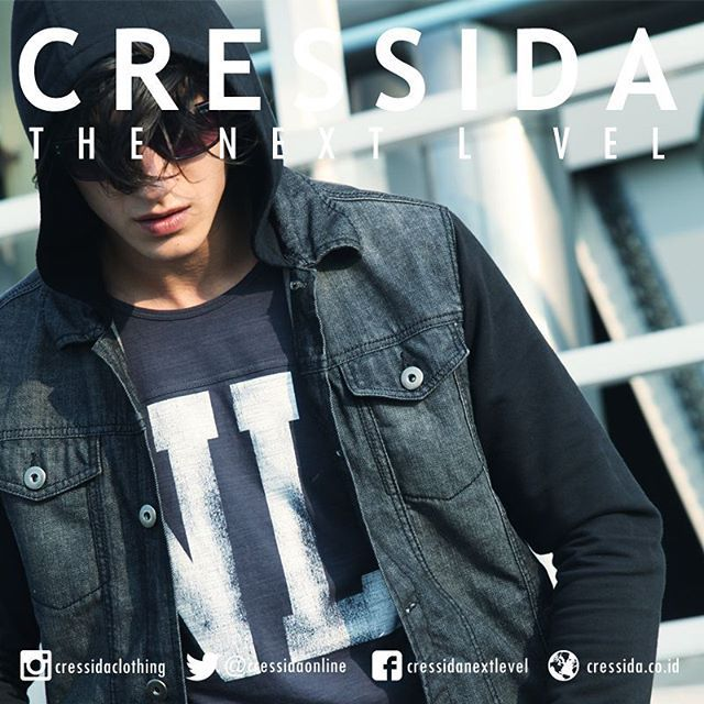 Stay cool with premium quality #Cressida #CressidaONL #cressidaclothing #bdg #indonesia #fashion #fashionbdg #fashionblogger #fashionista #style #badboy #otd #rockin #denim #jacket  #NL #sunglasses