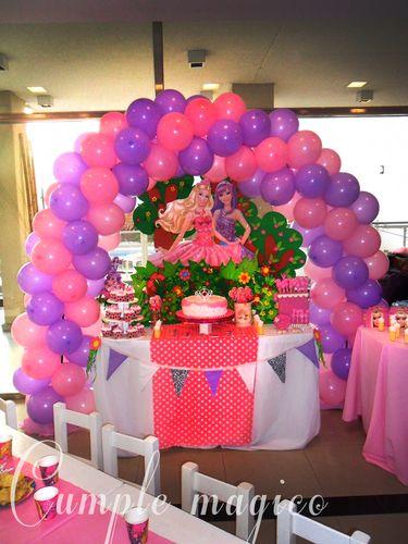 ambientaci n barbie y la princesa del pop cumple suenos decoracion en globos decoracion. Black Bedroom Furniture Sets. Home Design Ideas