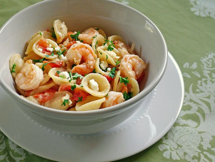 Greek style salad shrimp and pasta