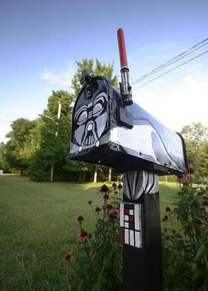 Need.Darth Vader, Landscapes Ideas, Dark Side, Stars Wars, Front Yards Landscapes, Mail Boxes, Mailbox, Letters Boxes, Starwars