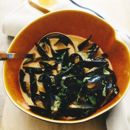 Curried Mussels in White Ale | Food & Wine