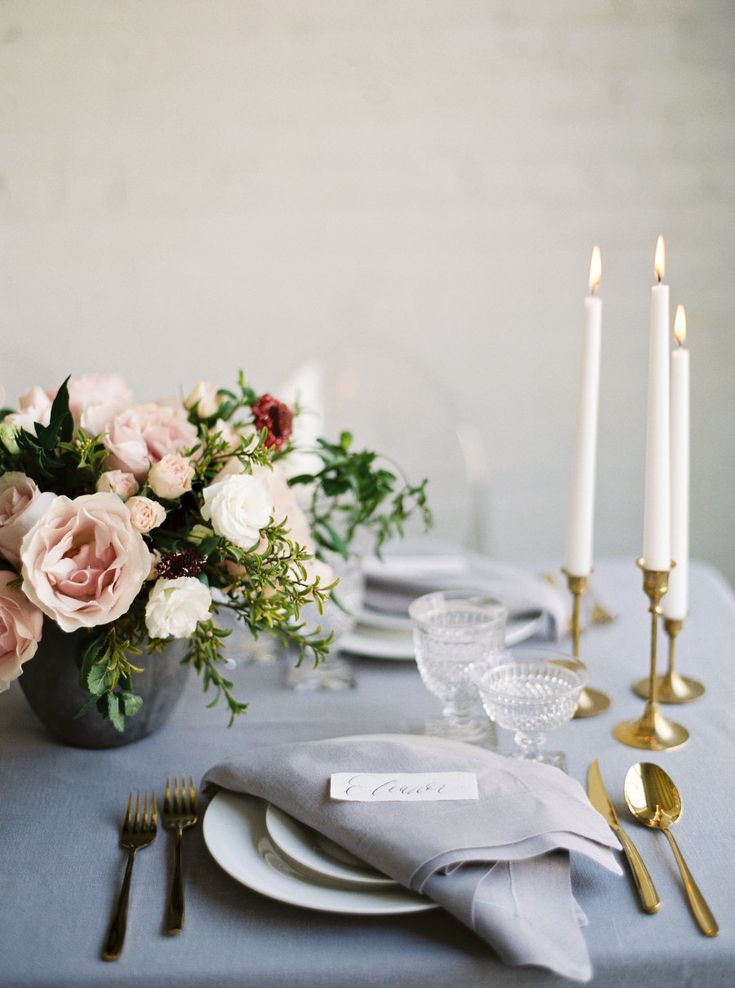 La Tavola Fine Linen Rental: Tuscany Silver with Tuscany Silver Napkins | Photography: Kristine Herman Photography, Event Planning & Design: Gigi Mallatt Events, Floral Design: Mignon Floral Co, Rentals: Celebration Rentals