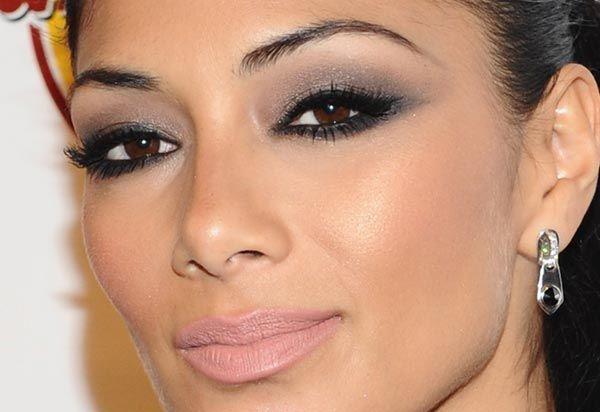 Nicole Scherzinger, Makeup Para, Maquiagem Noite, Hair Makeup, Maquiagem Para Noite, Hair Nails, Linda Maquiagem, Scherzinger Inspiration, Maquiagem Esfumado