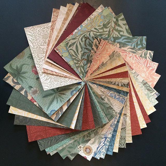 Handla William Morris online hos Engelska Tapetmagasinet | Handtryckta tapeter | Willow Bough | Block Printed | Wallpaper | Göteborg | Gothenburg | Interior Shop |