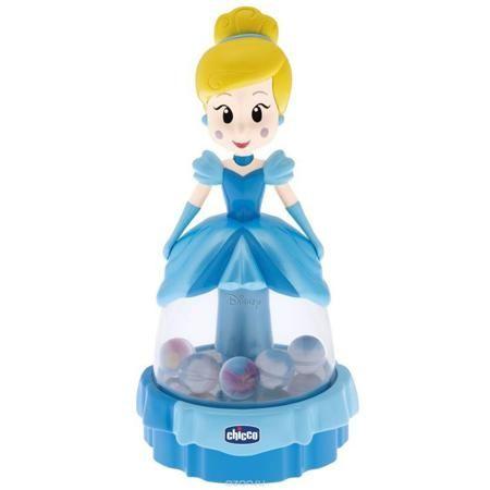 """Chicco Юла """"Танцующая Золушка""""  — 1799р. ----------------------- Юла """"Танцующая Золушка"""" - увлекательная игрушка, которая понравится любой малышке. Внутри прозрачного платья Золушки на зеркальной основе расположены шарики с картинками мышек внутри. Стоит только нажать на голову куклы, как шарики весело начинают кружиться и шуметь. Занятия с игрушкой помогут ребенку понять причинно-следственную связь, развить логическое мышление и воображение. А неровная поверхность ручки будет способствовать…"""