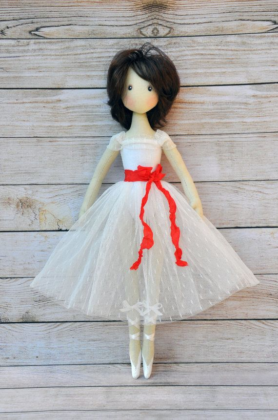 PDF, Cloth Doll Pattern,P,Soft Doll Pattern This PDF includes two doll patterns (15 and 17). Here are only patterns without a tutorial. You can find a tutorial how to make a doll like this here: