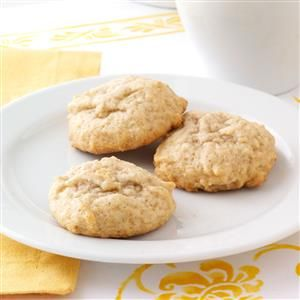 Soft Honey Cookies Recipe -This old-fashioned cookie has a subtle honey-cinnamon flavor and a tender texture. It's been a favorite in my family for years and now it can be one at your house, too. —Rochelle Friedman, Brooklyn, New York