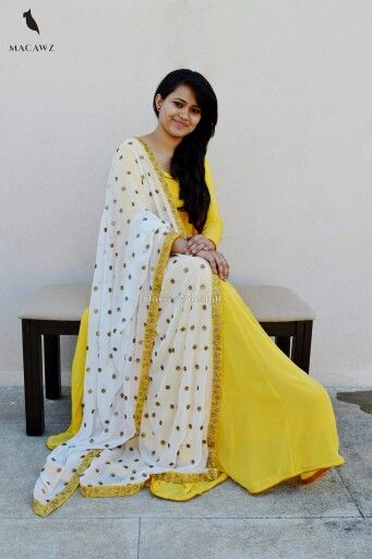 #macawz #designer #instafashion #anarkali #white #gorgeous #georgette #yellow #crepe
