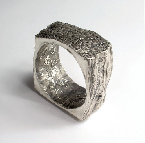 http://www.silver.legnica.pl/  Agnieszka Hopkowicz  (ring or bracelet ??)