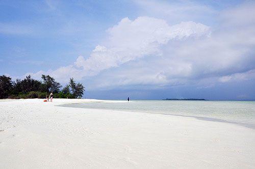 Best beach in Java! - Karimunjawa