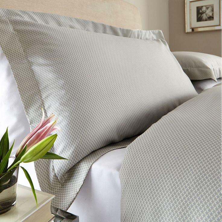 New York Egyptian Cotton 300 Thread Duvet Cover Set with Pillow Case/s