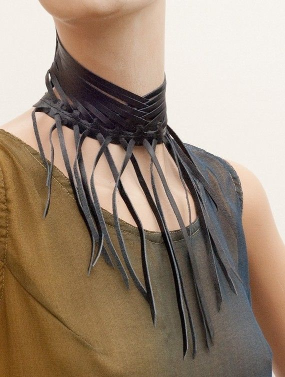 Fringe leather collar // Shredded black leather by MetamorphQC