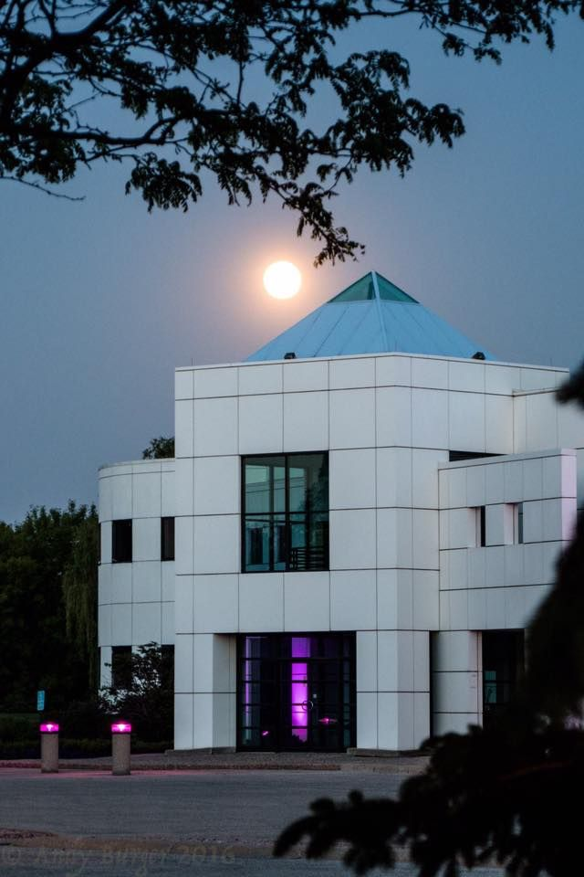 Moon over Paisley Park studio, May 21, 2016. This is beautiful and Prince's spirit still lives on.