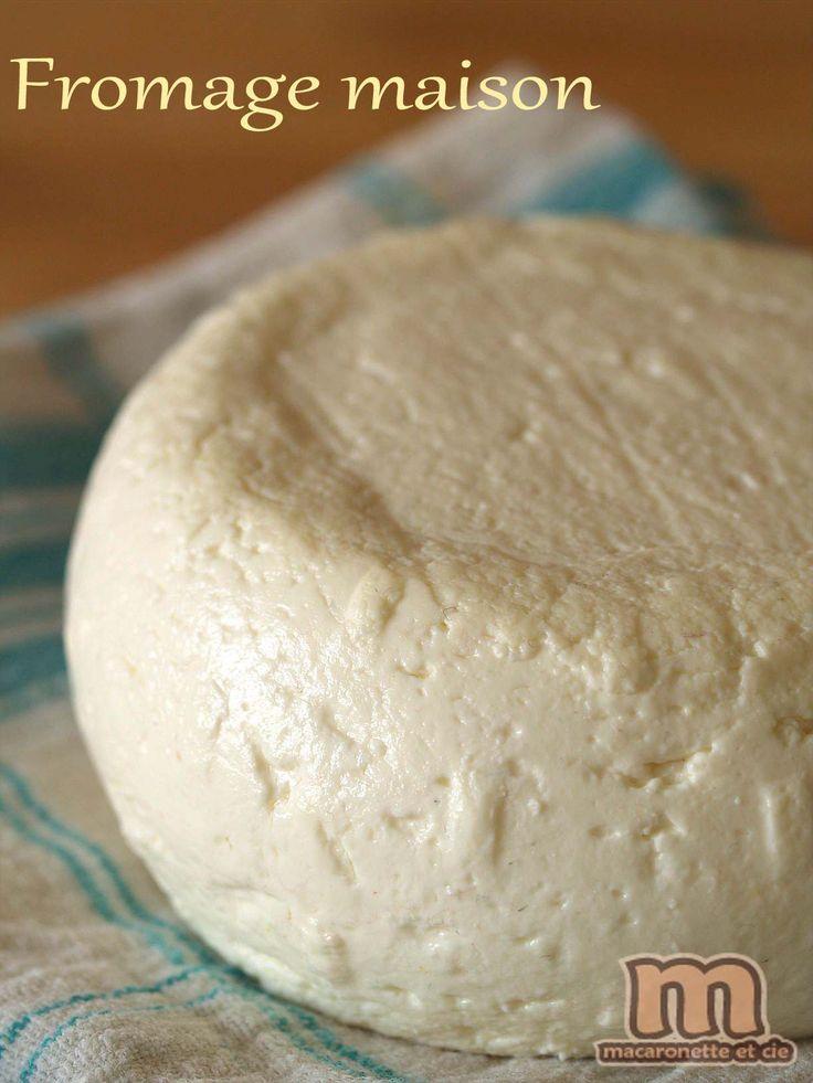 Après vous avoir donné la recette du caillé, qui était un souvenir d'enfance, il n'y avait qu'un pas pour tenter de fabriquer du fromage...