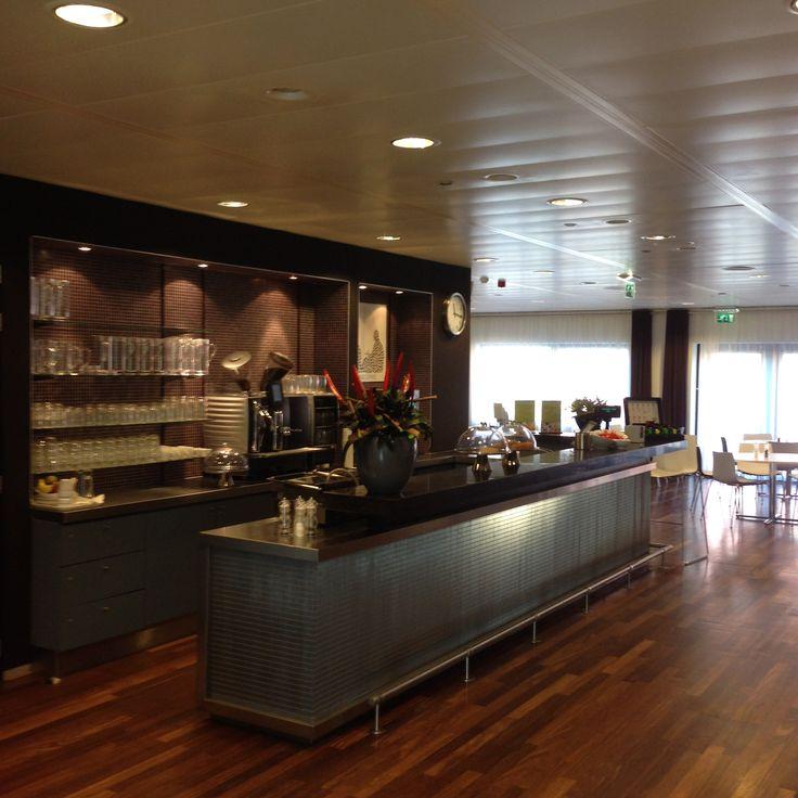 Coffee Bar (free coffee!)