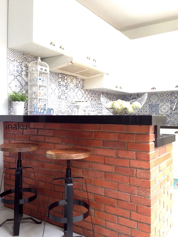 A different angle of my sun-filled #kitchen