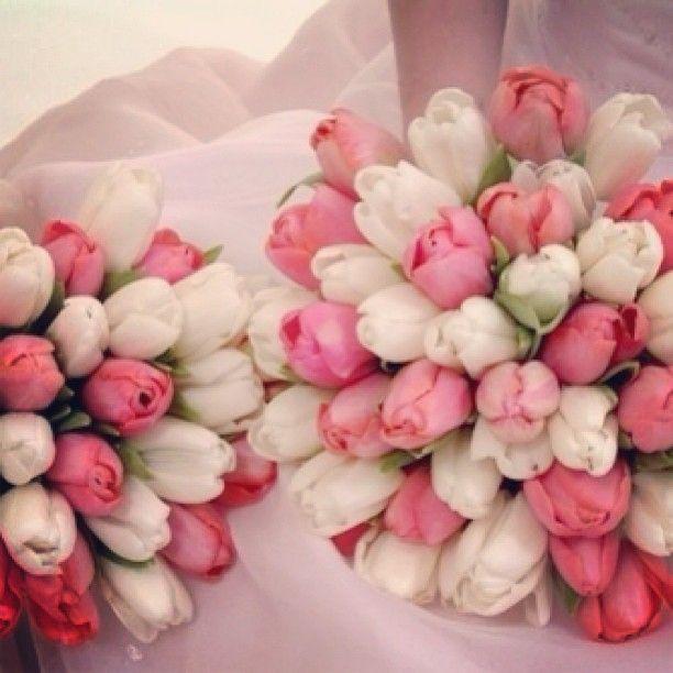 Tulips wedding bouquet.