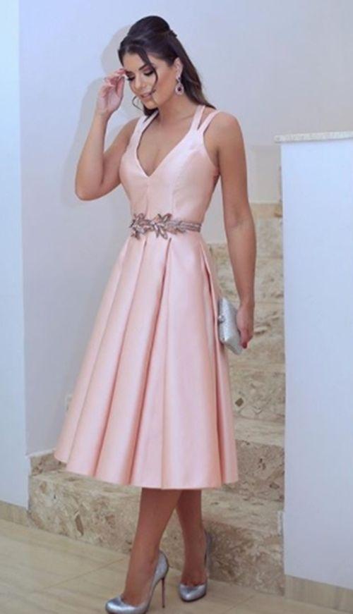 VESTIDO DE FESTA CURTO: 20 MODELOS PARA NOIVADOS, BATIZADOS E CONVIDADAS DE CASAMENTO | Fashion dresses, Dresses, Women's fashion dresses