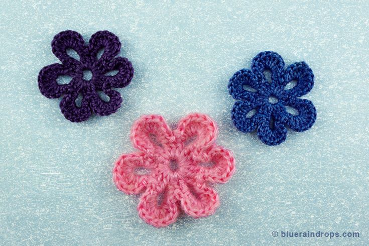 Simple crocheted flower tutorial