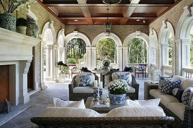 Patio. Patio Decor Ideas. Patio with blue & White Motif. #Patio #PatioDecor #Blue&White Via The Enchanted Home.