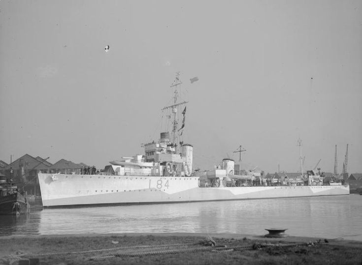 HMS Keppel (D84) Thornycroft type flotilla leader built for the Royal Navy at the end of the WWI, in 1943. (wikipedia.image)