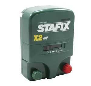 The Stafix X2 is an innovative solution to livestock control. This two-joule unit can operate on a 110-volt electric plug or a 12-volt battery. The day/night sensor and adjustable pulse speeds round out the many advantages of this newly designed energizer.  Indicator lights to show output voltage and battery condition Low-Impedance Includes power cord and battery lead set Two year warranty Made in New Zealand