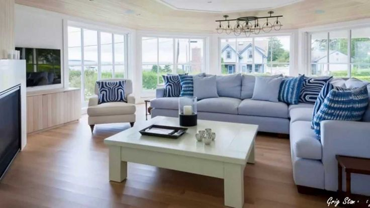 25 best ideas about beach style sofas on pinterest - Nautical themed living room furniture ...