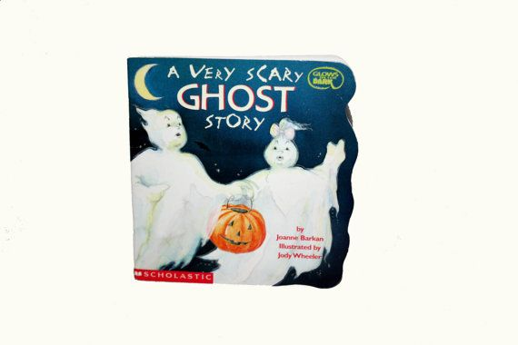"""Vintage Halloween Book """"A Very Scary Ghost Story"""" by Joanne Barkan illustrations by Jody Wheeler Scholastic Glow in the Dark 1992"""