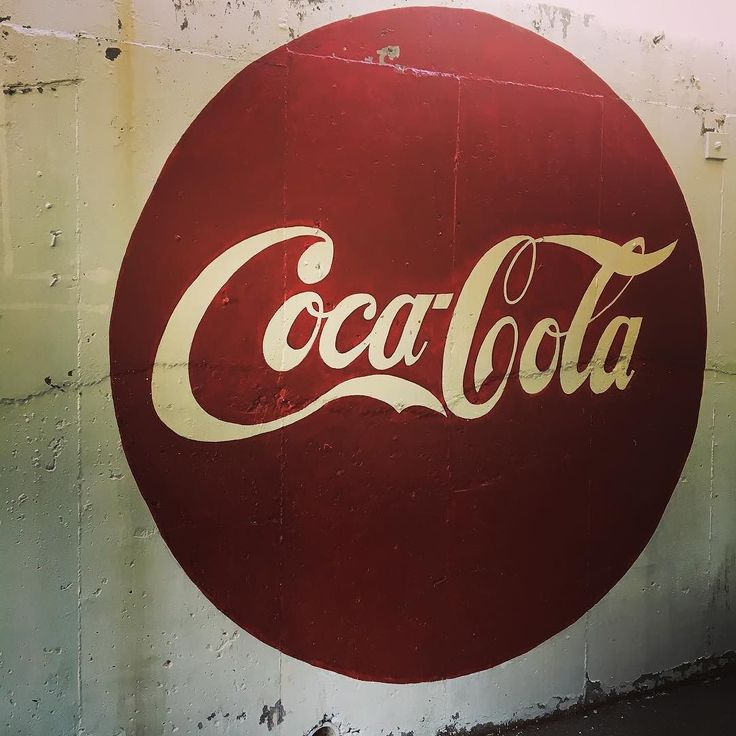 Vintage Coca Cola . . . . .  #handmade #handlettered #etsy #typespire #lovelife #typegang #graphicdesign #thedesigntip #digitalart #designer #graphics #pencil #illustrator #decoration #logo #artsy #masterpiece #graphicdesign #vector #graphic #portland #pdxnow #pdx #travelportland #portlandnw #downtownpdx #iphoneography #iphoneonly #iphonesia #iphoneography #focalmarked