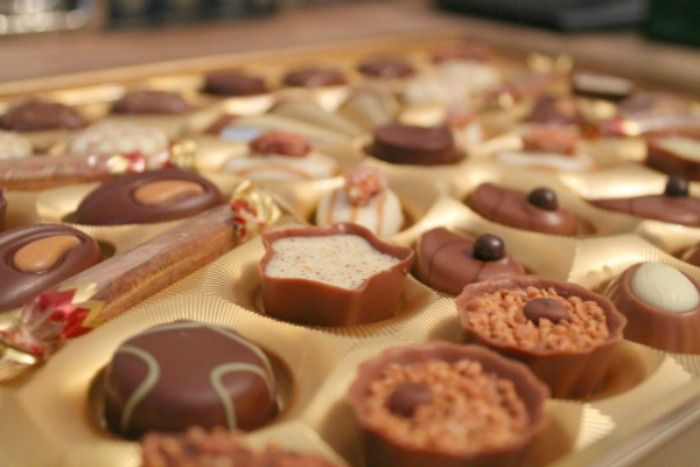 Indulge with Lindt Swiss Luxury Selection - U me and the kids